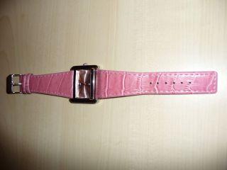 Damen Uhr Von Quarz In Pink Bild