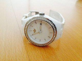 Adidas Armbanduhr Damen Bild