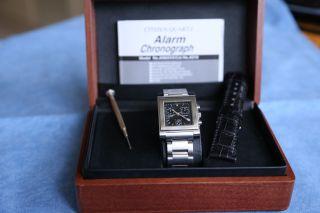 Chronograph Von Citizen  Armband,  Gehäuse Und Boden Edelstahl,  Inkl.  Zubehör Bild