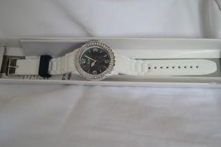 Firetti Armbanduhr Damenuhr Mit Funkelnden Glassteinen Weiss/blau, Bild