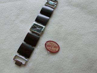 Moderne Damen Armbanduhr Von Fossil Bild