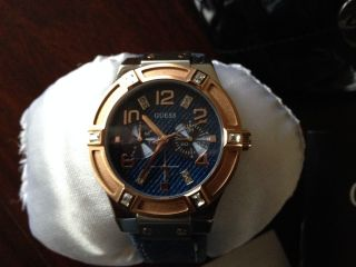 Guguess Trend Damen Armbanduhr Leder/jeansarmband 1 Jahr Neuwertig Bild