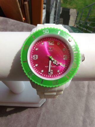 Schicke Uhr ( ) Weiß - Grün - Pink,  Ersatzbatterie Bild