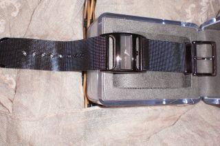 Dkny Damenuhr Uhr Armbanduhr - Neuwertig Bild
