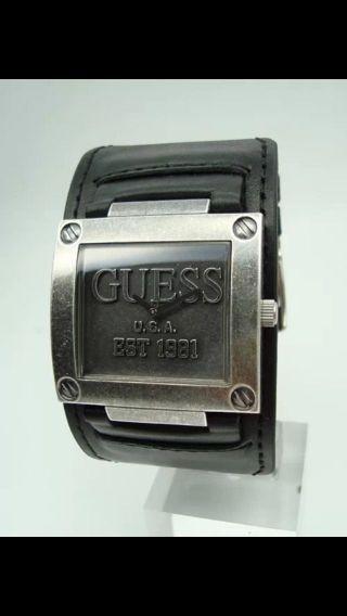 Guess Uhr,  Herren Uhr,  W90025g2,  Est.  1981,  Leder Armband Bild