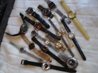 /// Uhren - Sammlung /// 16xdamen U.  Herrenuhren Verschiedener Marken Bild
