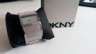 Dkny Donna Karan Uhr Damenuhr Silber Strass Ny8041 Bild