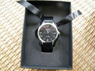 Eiger Armbanduhr Uhr Handarbeit Ungetragen Typ F456 Quarz Mit Lederarmband Bild