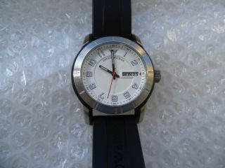 Armani.  Imposante Herren Armbanduhr.  Ref: Ar5870.  Exklusive.  Hochwertig Bild