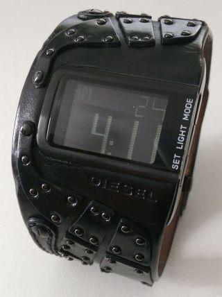 Diesel Dz7066 Armbanduhr Für Herren Dz 7066 Herrenuhr Schwarz Nieten Bild