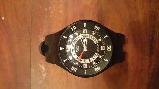 Black Swatch Taucheruhr Diving Swatch 200m Wasserdicht Bild