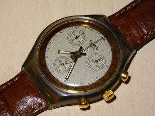 Swatch Chrono Goldfinger Scm100 Armbanduhr Bild
