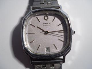 Timex,  Quartzuhr,  Mit Datumsanzeige (defekt) Bild
