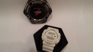 Casio G - Shock Resist W.  R.  20 Bar Für Herren In Weiß Bild
