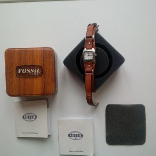 Fossil Uhr Jr - 8897 Absolut Neuwertig Und Originalverpackt - Weihnachtsgeschenk. Bild