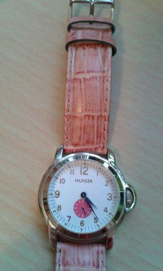 Tommy Hilfiger Damen Uhr Lederarmband Batterie Bild