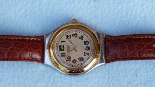 Sehr Schöne Swatch Uhr Gehäuse Aus Metall Mit Lederarmband Und Neuer Batterie Bild