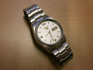 Uhr Armbanduhr Seiko 5 Automatic Mechanisch Day Date Stahl Bild