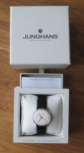 Junghans Max Bill 027/3700.  00 Armbanduhr Mit Handaufzug Bild
