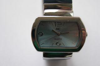 Mc Damenuhr Mit Dehnbarem Armband Farbe Silber Bild