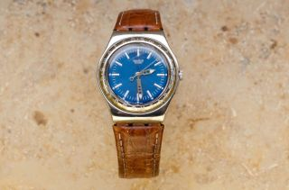 Top Swatch Irony Escapade Blau Mit Lederarmband Top Bild