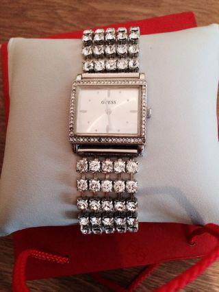 Schicke Guess Uhr Mit Strass Bild