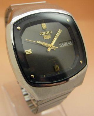 Seiko 5 Square Tv 7009 - 519a Automatik Uhr Datum & Taganzeige Bild