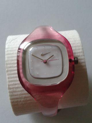 Damenarmbanduhr,  Nike,  Spangenuhr,  Pink,  Mit Licht Bild