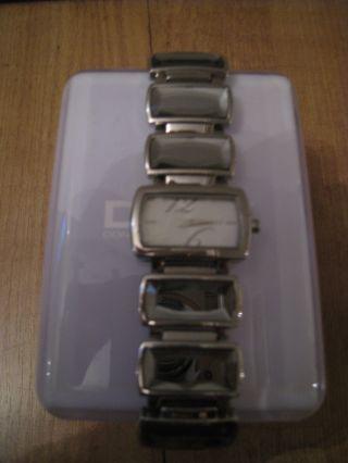 WunderschÖne Damen Uhr Armband Von Dkny Edelstein Silber Neuwertig Bild