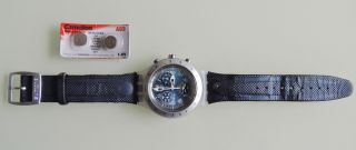Swatch Irony - Quarzuhr,  Originalband,  Batterie,  2 X Ersatzbatterie Bild