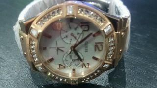Guess Damen Uhr Weiß Rose Gold Strass Edelstahl Armbanduhr W0290l2 Bild