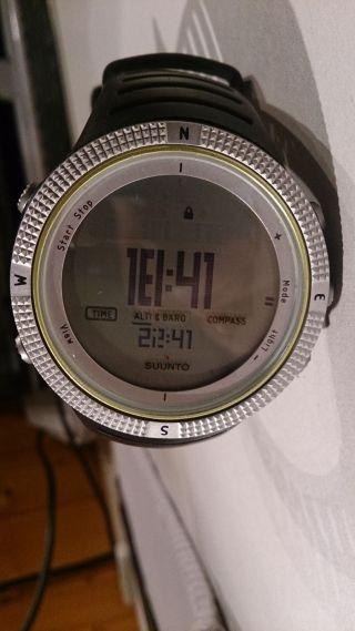 Suunto Core Light Green Uhr Bergsteigen Höhenmesser Kompass Bild