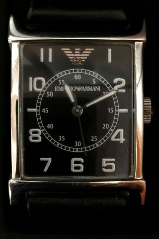Armani Armbanduhr,  25 Mm Breit,  Mit Schwarzem Lederarmband Und Box Bild