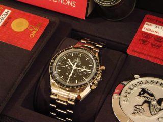 Omega Speedmaster Professional Moonwatch Chronograph Transparenter Gehäuseboden Bild