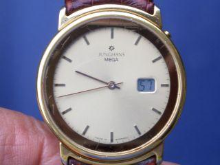 Seltene Junghans Mega Funkuhr Herren Armbanduhr Gut Erhalten Läuft Gut. Bild