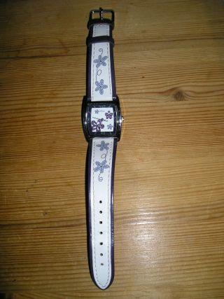 S.  Oliver Highlights Armbanduhr Für Damen (so - 1944 - Lq) Edelstahl Weiß Lila Blumen Bild