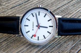Mondaine Swiss Armbanduhr,  Bahnhof Uhr,  Herrenuhr,  Swiss Watch Bild