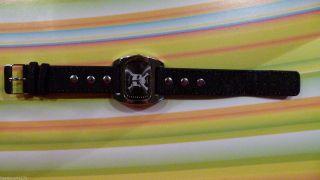 Tempic - Herren Armbanduhr - Totenkopf - Jeans - Armband - Nieten - Top Bild