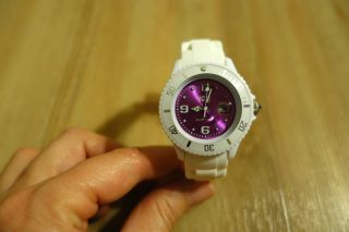 Ice - Watch Armbanduhr Sili White - Purple - Small Si.  Wv.  S.  S.  10 Bild