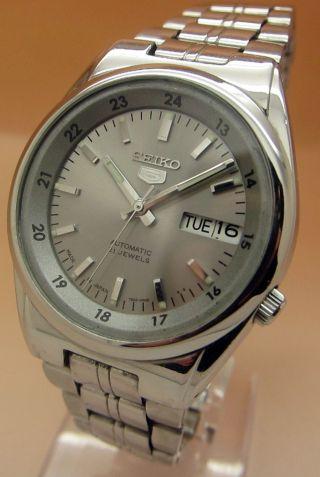Seiko 5 Durchsichtig Automatik Uhr 7s26 - 02c0 21 Jewels Datum & Taganzeige Bild