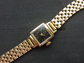 Ca.  50 Jahre Alte Umf Ruhla Damenuhr,  Handaufzug,  Russisches Uhrwerk Bild