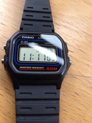 Casio W 59 Digital Armbanduhr - Bild
