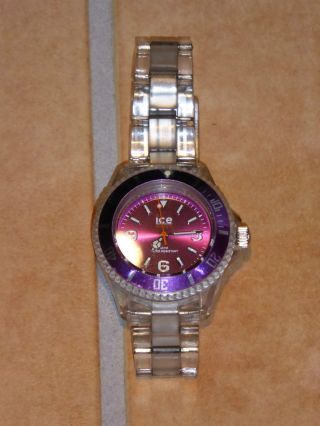 Ice Watch - Classic Purple Small - Modellnr: Cl.  Pe.  S.  P.  09 - Transparent Bild