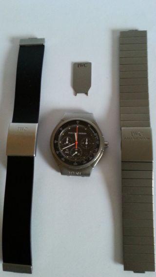 Iwc Porsche Design Chronograph Herrenuhr Mit Zwei Bändern Bild