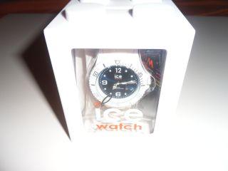 Ice Watch Weiß Mit Dunkelblauen Ziffernblatt Bild