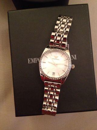 Emporio Armani Damen Armbanduhr Silber Perlmutt Ziffernblatt Mit Strass Bild