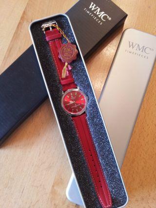 Schicke Rote Damen Uhr Von Wmc Bild