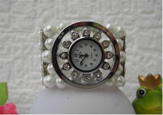 Extravagante Damen Perlen Armbanduhr - Snowflake - Flexible Uhrband - X - Mas Bild