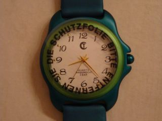 "Uhr,  Armbanduhr Grün  Von "" United Colors Of Benetton"", Bild"