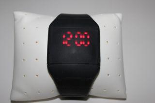 Schwarz Digital Led Touch Screen Uhr Mit Silikonarmband Schwarz Bild